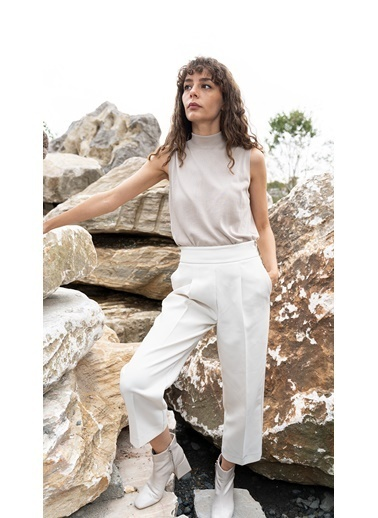Silk and Cashmere More Edelina Modal Ve Pamuklu Yüksek Yaka Kolsuz Triko Bej